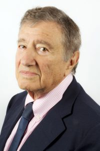 Etienne Baulieu, docteur en médecine.