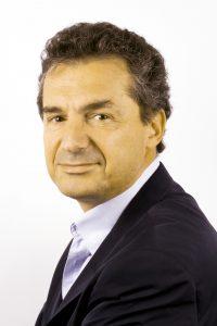 Yves Lévy, Immunologiste.